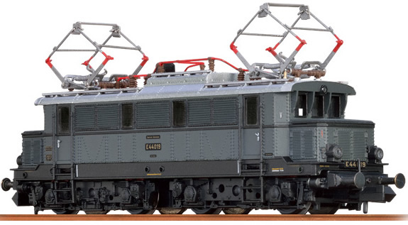 Brawa 63101 - German Electric Locomotive E44 of the DRG (Sound)