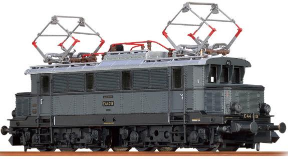Brawa 63101 - German Electric Locomotive E44 of the DRG (Sound)