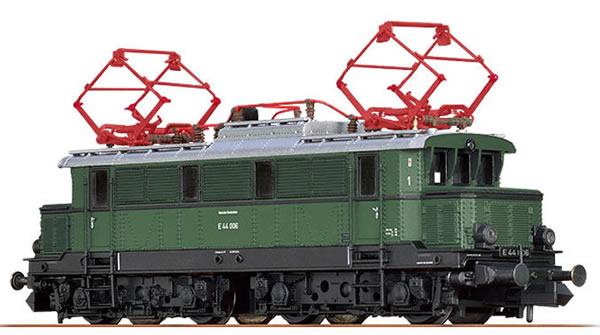 Brawa 63103 - German Electric Locomotive E44 of the DB (Sound)