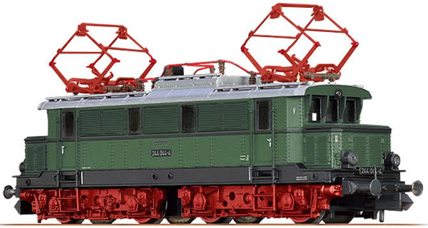 Brawa 63105 - German Electric Locomotive E44 of the DR (Sound)