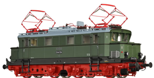 Brawa 63117 - German Electric Locomotive E44 of the DR (Sound)