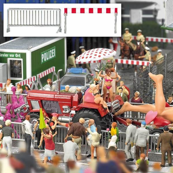Busch 1018 - Crowd Control Barrier Set