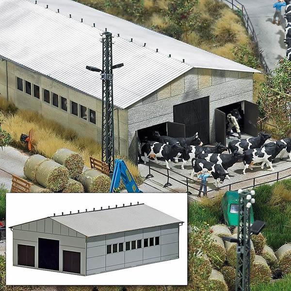 Busch 1410 - Concrete Cow Barn