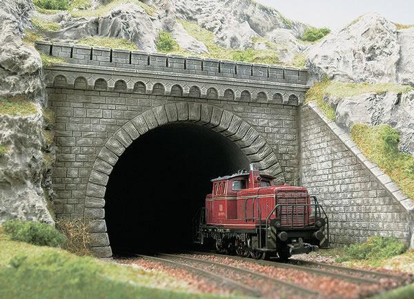Busch 7023 - Tunnel portal