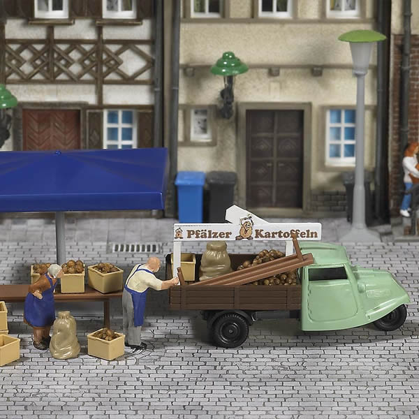Busch 7707 - Mini world »Stall with potatoes«