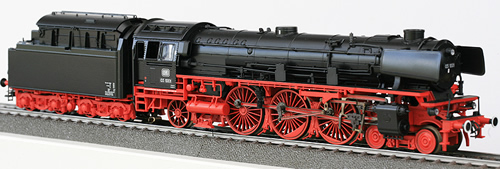 Consignment 37915 - Marklin 37915 - Express Locomotive with Tender class 03.10