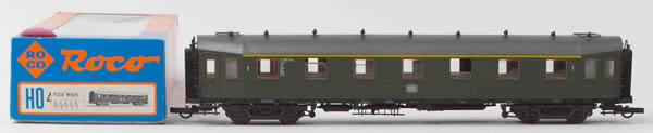 Consignment 44444 - Roco 44444 A4üe-23 1st Class Express Passenger Coach