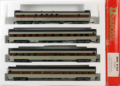 Consignment 6955 - Rivarossi 6955 - Lackawanna 4 Car Passenger Set