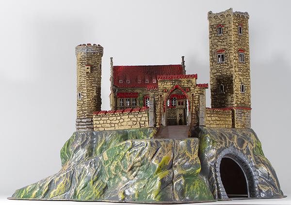 Consignment 9766 - Elastolin Knights Castle #9766