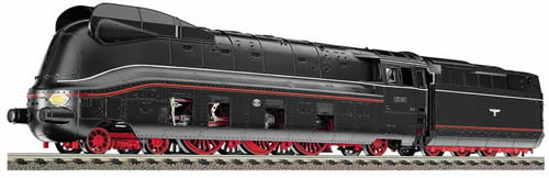 Consignment FL4171 - Express loco 03.10 of the DRG, with streamlined bodywork with tender 22T34 (pr)