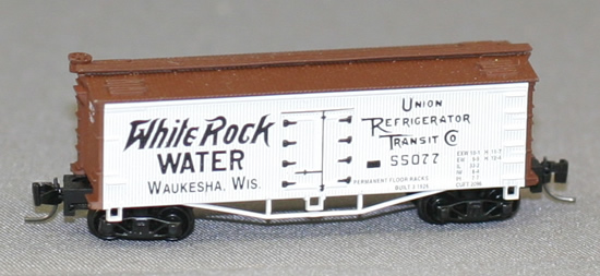 Consignment FN5009 - Father Nature 5009 - Billboard Reefer Car White Rock