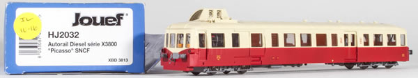 Consignment HJ2032 - Jouef 2032 Franch Diesel Railcar Series X 3800 Picasso of the SNCF
