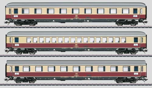 Consignment MA43853 - Marklin 43853 Express Train Passenger Car Set TEE Helvetia
