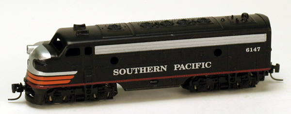 Consignment MT12004-2 - Micro Trains 12004-2 USA F7 Dummy Locomotive A Unit of the SP – 6147