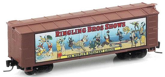 Consignment MT51500602 - Micro Trains 51500602 40 Wood Box Car Ringling Bros. and Barnum & Bailey Billboard Car #2
