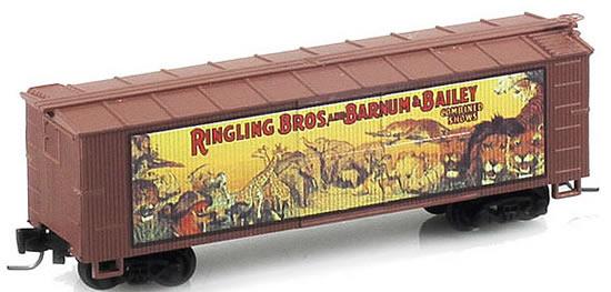 Consignment MT51500603 - Micro Trains 51500603 40 Wood Box Car Ringling Bros. and Barnum & Bailey Billboard Car #3