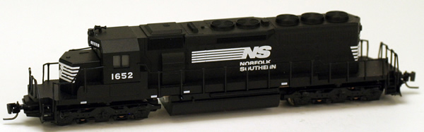 Consignment MT97001062 - Micro Trains 97001062 USA Diesel Locomotive SD40-2 of the NS - 1652