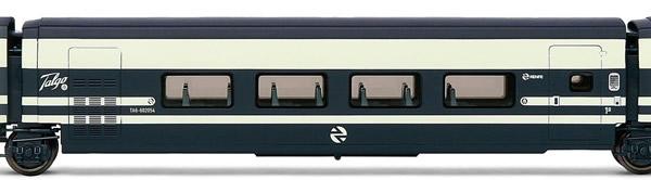 Electrotren E3280 - 1st Class Passenger Coach Talgo Pendular