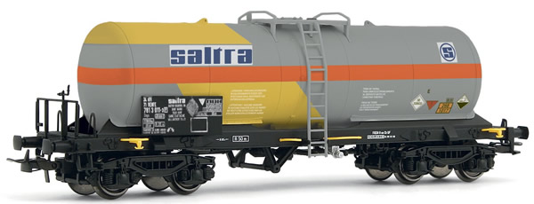 Electrotren E5495 - 4-axle tank wagon Saltra, slightly weathered