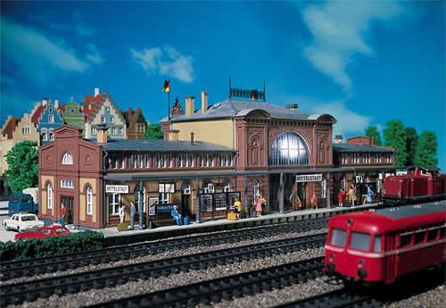Faller 110115 - Mittelstadt Station