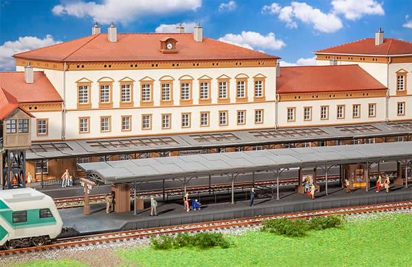 Faller 120105 - Friedrichstadt Platform