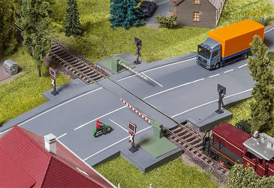 Faller 120244 - Railway gate with drive parts