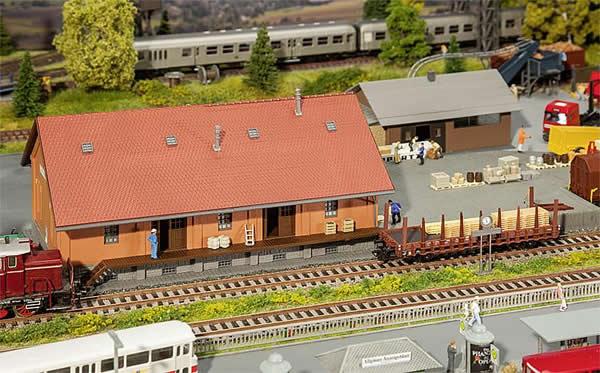 Faller 120265 - Loading hall with end platform