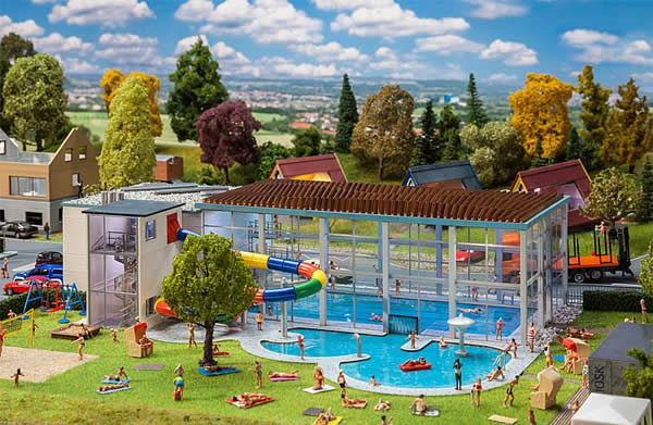 Faller 130150 - Indoor swimming-pool with slide