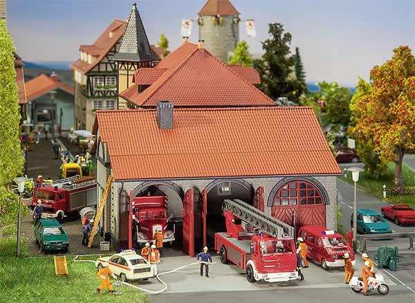 Faller 130162 - Fire brigade engine house