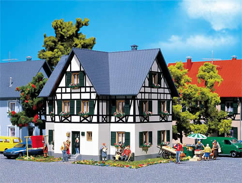 Faller 130259 - Half-timbered two-family house