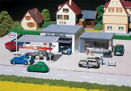 Faller 130296 - Filling station and car wash