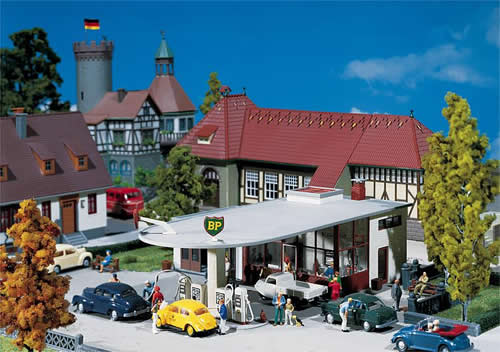 Faller 130347 - BP petrol station