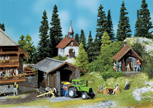 Faller 130379 - Bakehouse, chapel, utility shed