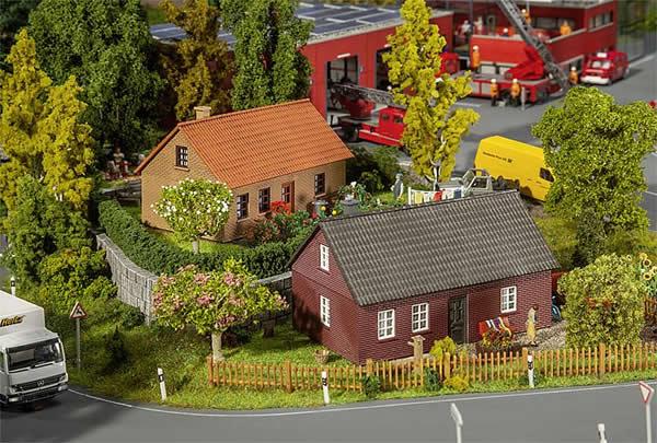 Faller 130507 - 2 Clinker-built houses