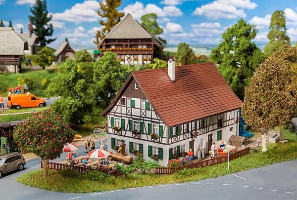 Faller 130556 - Farmhouse with inn