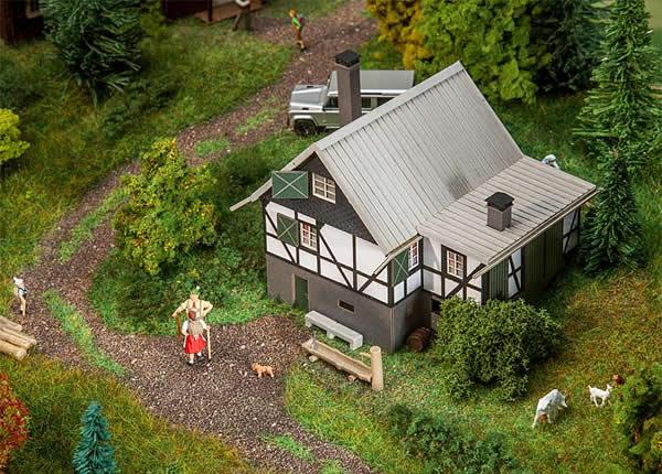 Faller 130570 - Forest log cabin