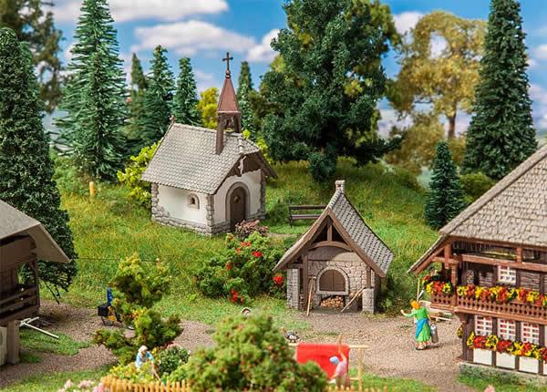 Faller 130571 - Farm chapel and Bakehouse