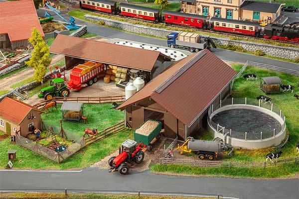Faller 130574 - Breeding farm