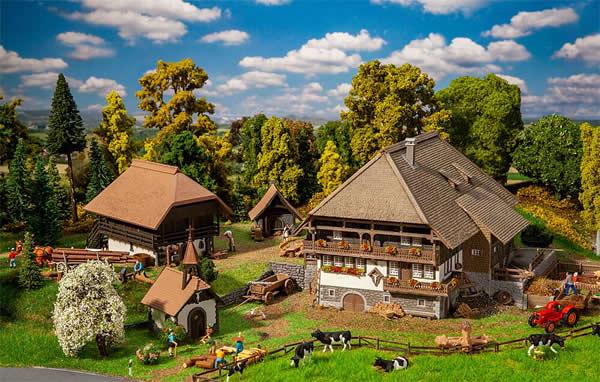 Faller 130677 - Vogtsbauernhof Black Forest Set