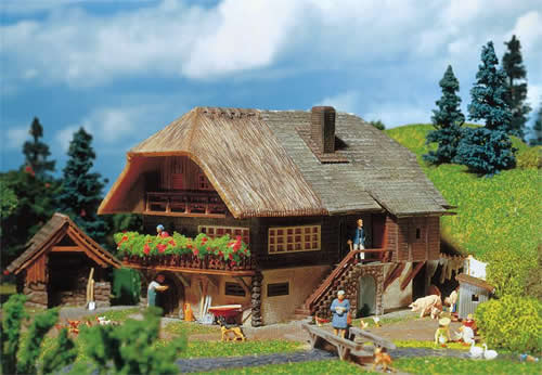 Faller 131290 - Black Forest farmhouse