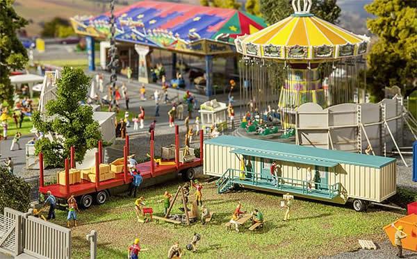 Faller 140482 - Set of funfair caravans III