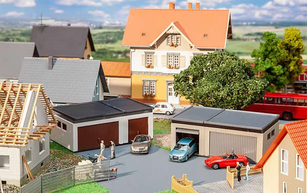 Faller 180315 - 2 Double garages with driving parts