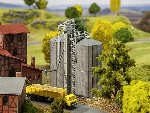 Faller 222216 - 2 Grain silos