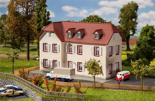 Faller 232216 - Two-story corner building