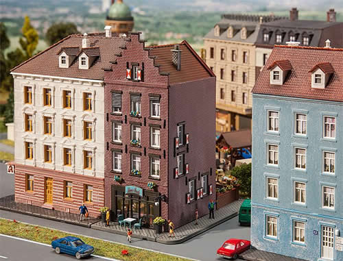 Faller 232334 - Old town house with bar