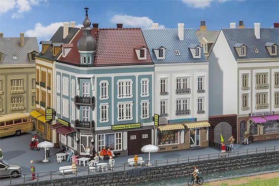 Faller 232387 - Beethovenstraße 2 Town houses