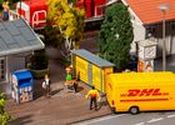 2 DHL pack stations