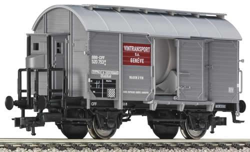 Fleischmann 545503 - Tank wagon for wine w. brakeman´s cab, SBB