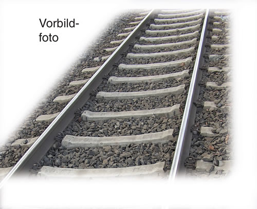 Fleischmann 6109 - flexible ready-ballasted track with concrete sleepers 800mm