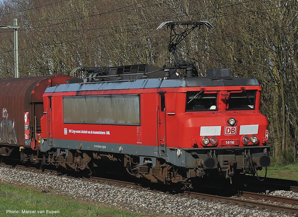 Fleischmann 732171 - German Electric locomotive 1616 of the DB AG (Sound)
